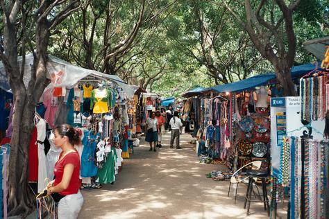 about-downtown-puerto-vallarta-flea-markets-shopping.jpg