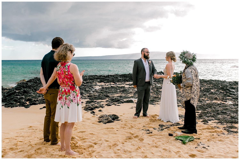 Maui-Intimate-Wedding-Photography-Makena-Cove-Maui-Hawaii_0027.jpg