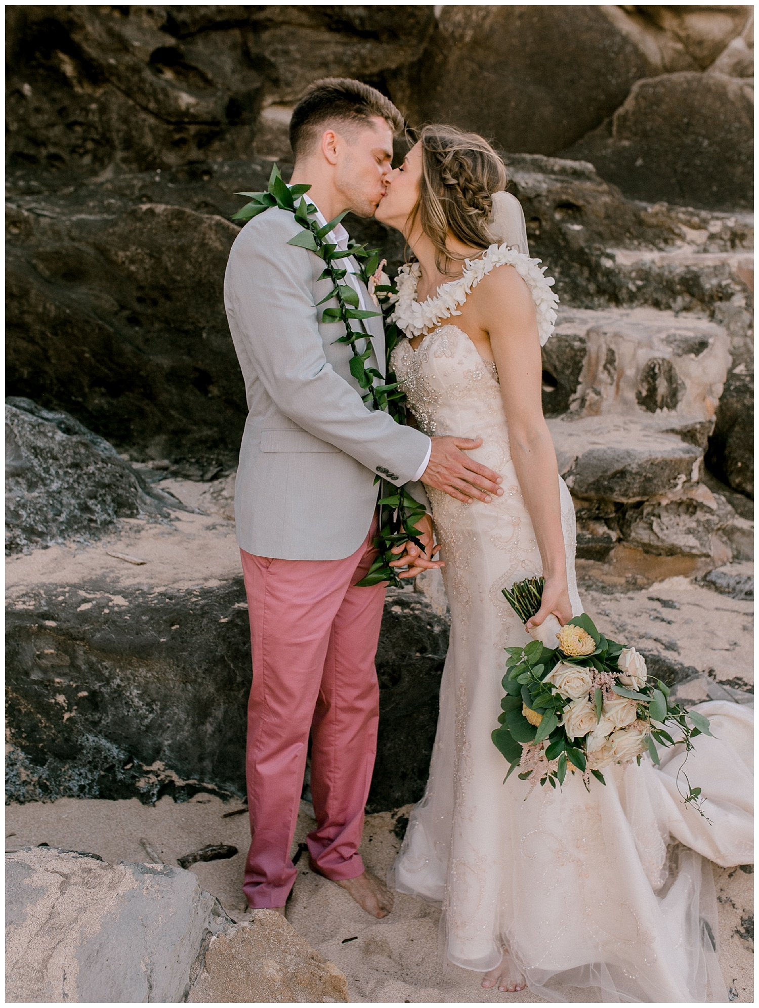 Maui-Elopement-Photography-Ironwoods-Elopement_0122.jpg