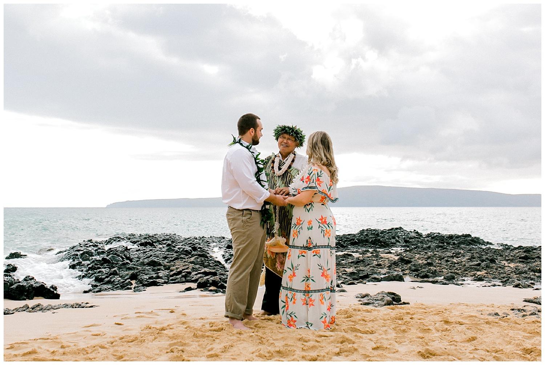 Maui-Elopement-Photography-Makena-Cove-Elopement_0023.jpg