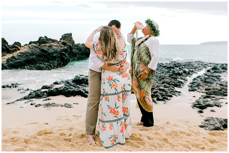 Maui-Elopement-Photography-Makena-Cove-Elopement_0029.jpg