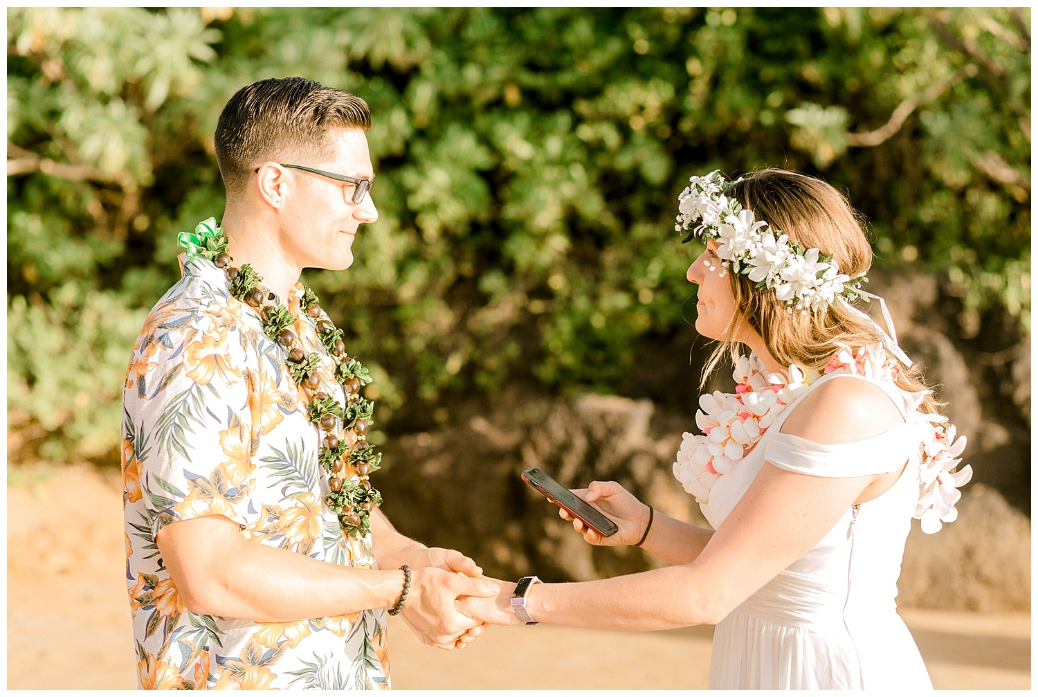 Maui-Elopement-Photography-Paipu-Beach-Maui_0003.jpg