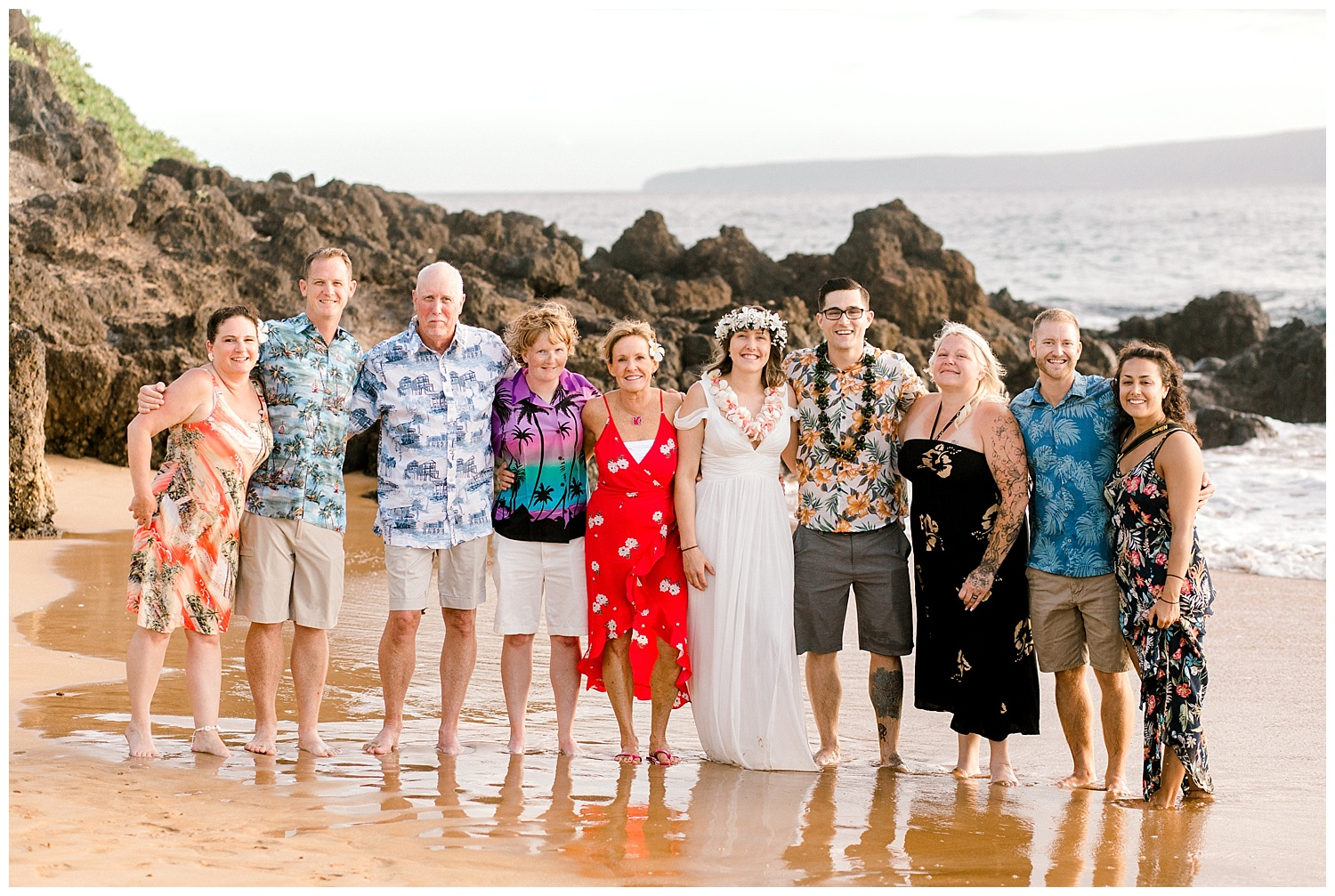 Maui-Elopement-Photography-Paipu-Beach-Maui_0010.jpg