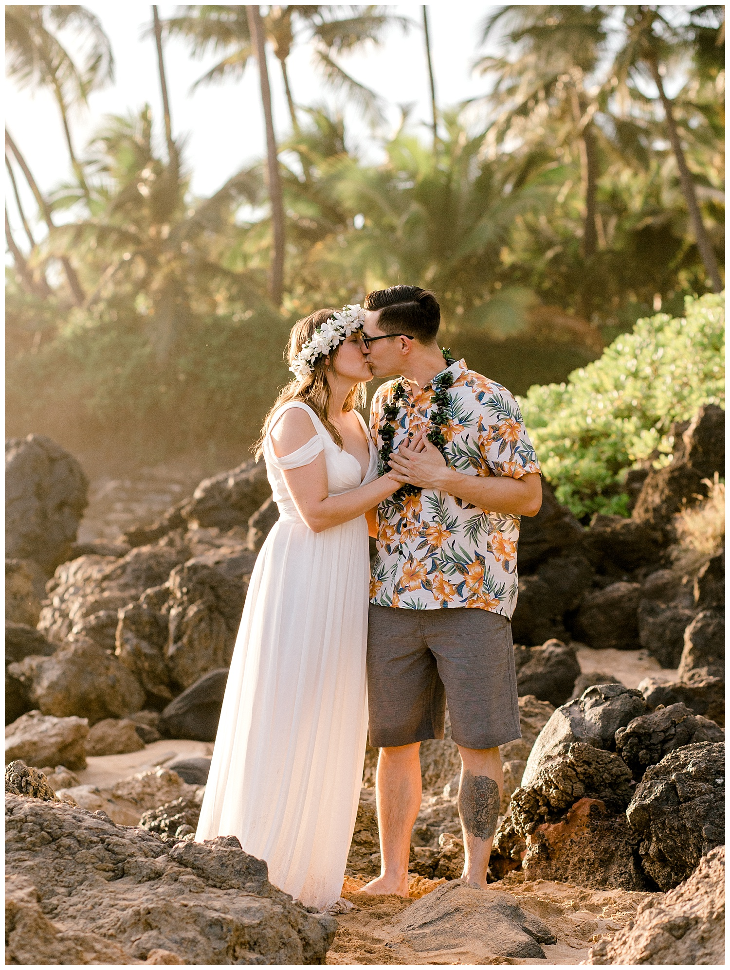 Maui-Elopement-Photography-Paipu-Beach-Maui_0030.jpg