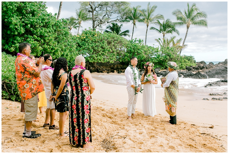 Maui-Elopement-Photography-Paipu-Beach-Maui_0069.jpg