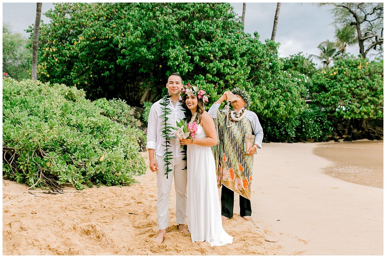 Maui-Elopement-Photography-Paipu-Beach-Maui_0080.jpg