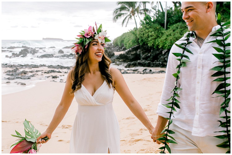 Maui-Elopement-Photography-Paipu-Beach-Maui_0090.jpg