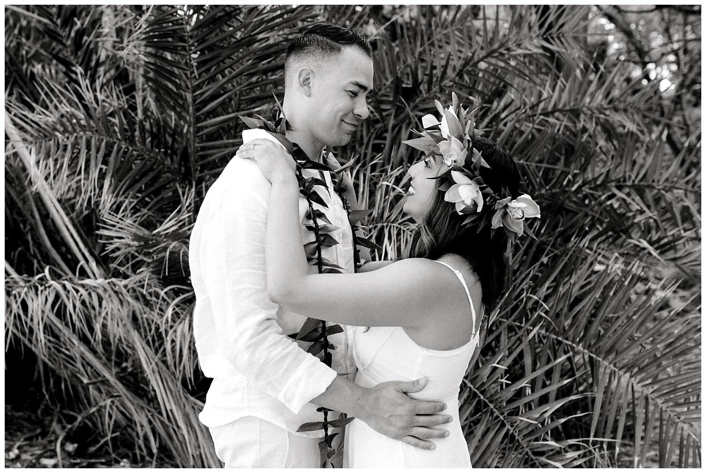 Maui-Elopement-Photography-Paipu-Beach-Maui_0093.jpg
