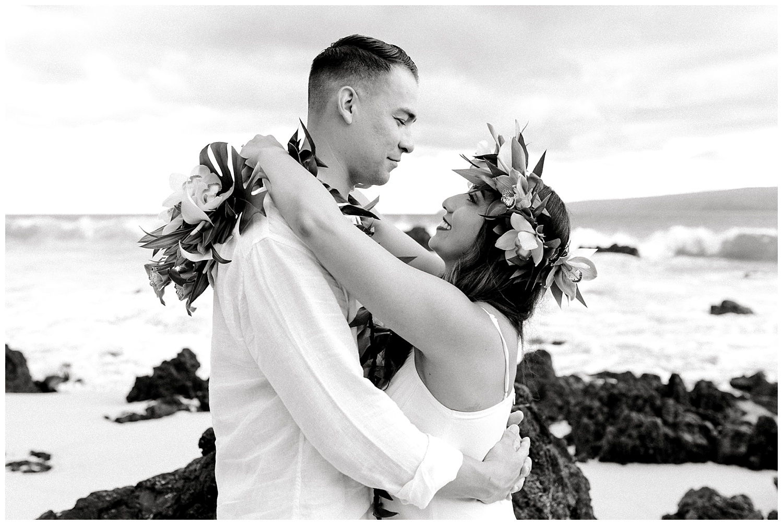 Maui-Elopement-Photography-Paipu-Beach-Maui_0098.jpg