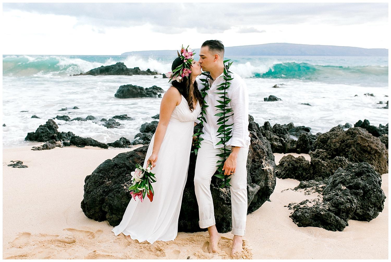 Maui-Elopement-Photography-Paipu-Beach-Maui_0103.jpg