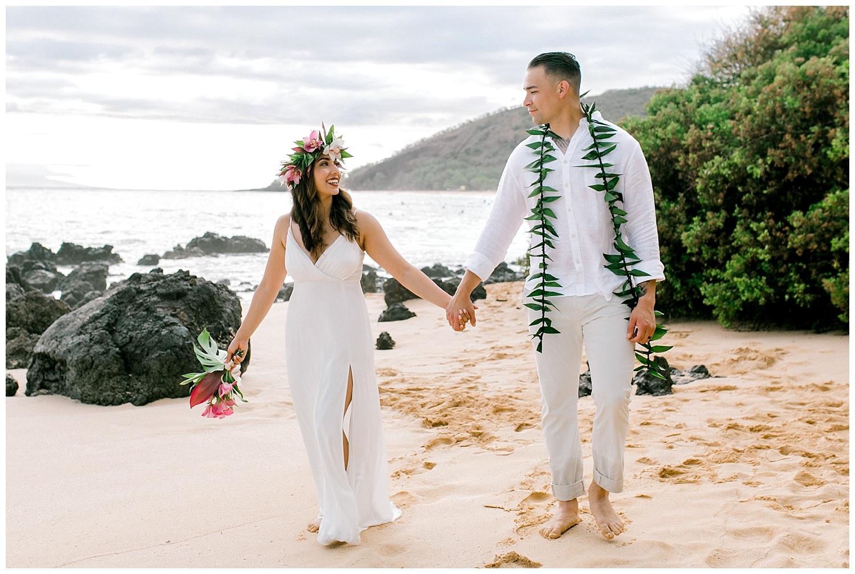 Maui-Elopement-Photography-Paipu-Beach-Maui_0110.jpg