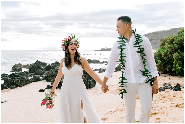 Maui-Elopement-Photography-Paipu-Beach-Maui_0111.jpg