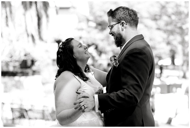 Maui-Wedding-Photographer-Destination-Wedding_0101.jpg