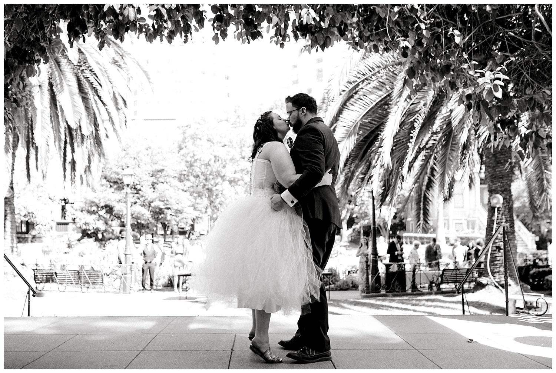 Maui-Wedding-Photographer-Destination-Wedding_0105.jpg