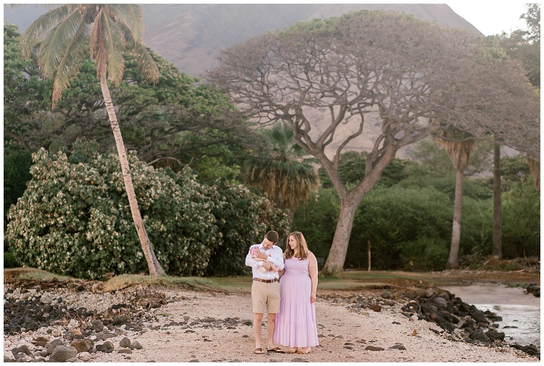 Maui-Family-Photography-Olowalu-Landing-7.jpg
