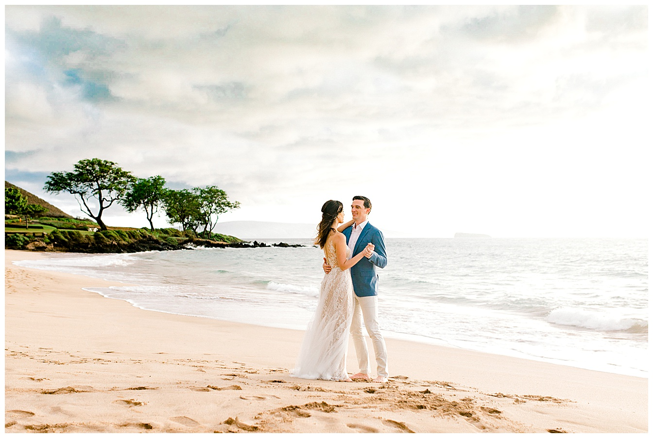 Makena-Cove-Maui-Elopement_0031.jpg
