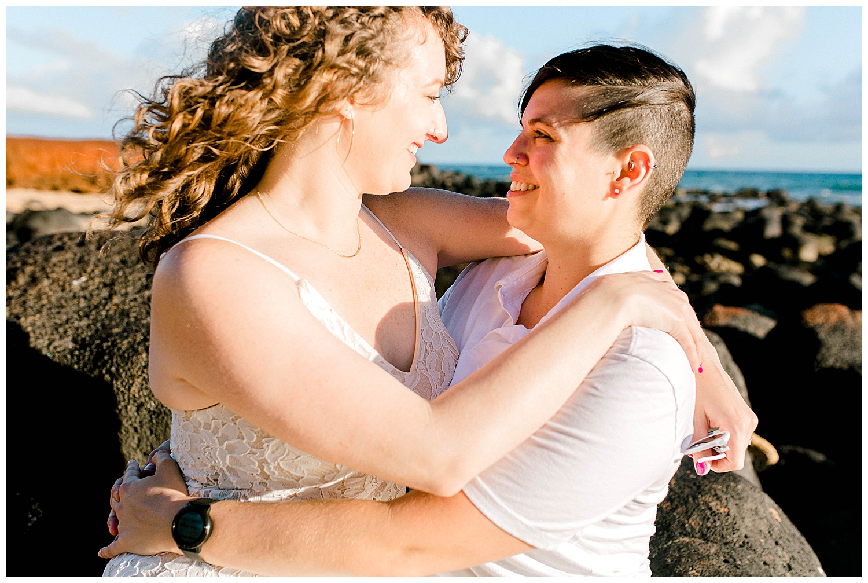 Honeymoon-Photo-Session-Maui-North-Shore_0013.jpg