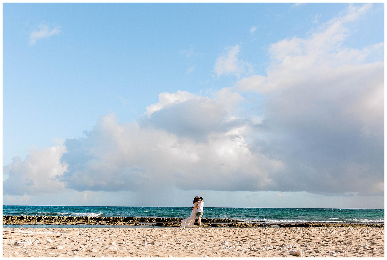 Honeymoon-Photo-Session-Maui-North-Shore_0022.jpg