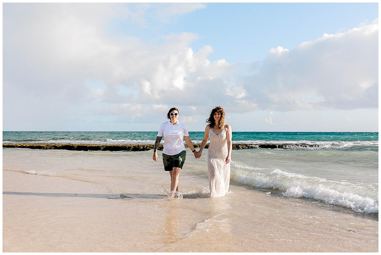 Honeymoon-Photo-Session-Maui-North-Shore_0050.jpg