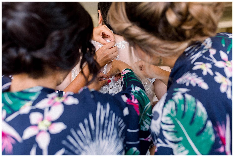 Maui-Wedding-Photography-Getting-Ready_0024.jpg
