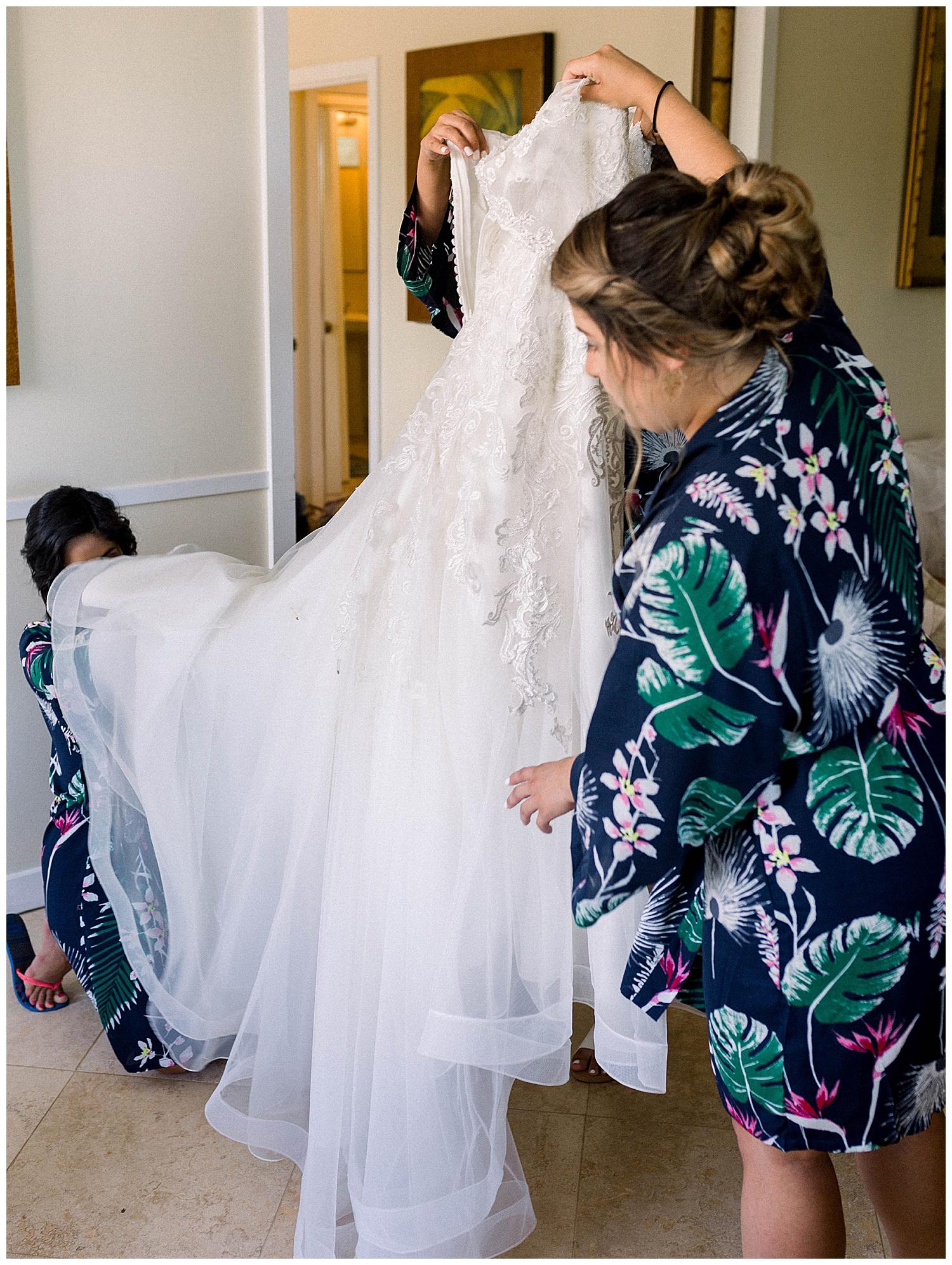 Maui-Wedding-Photography-Getting-Ready_0022.jpg