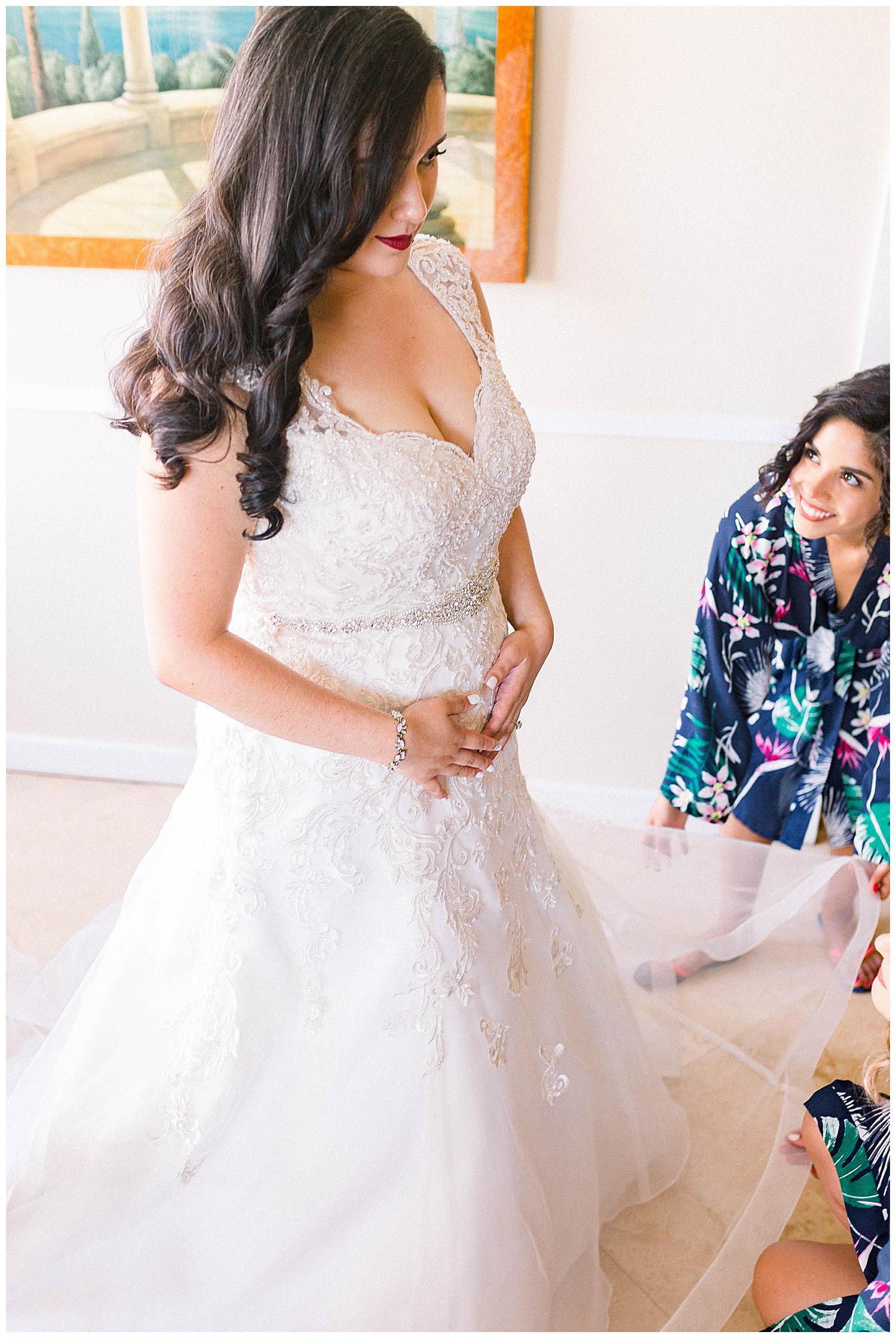 Maui-Wedding-Photography-Getting-Ready_0026.jpg