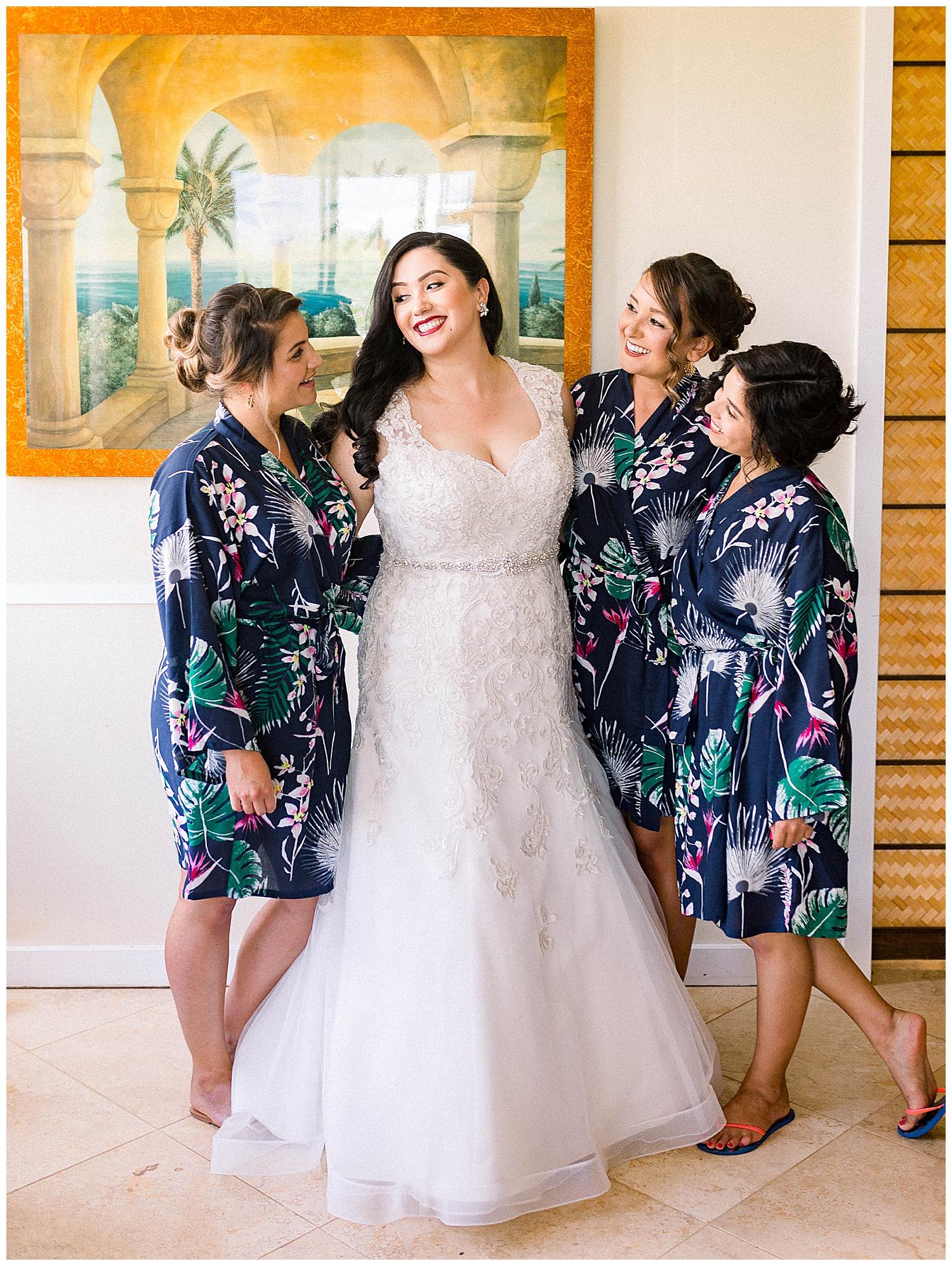 Maui-Wedding-Photography-Getting-Ready_0030.jpg