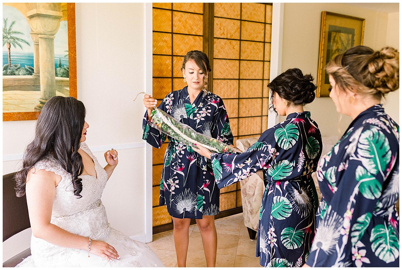Maui-Wedding-Photography-Getting-Ready_0033.jpg