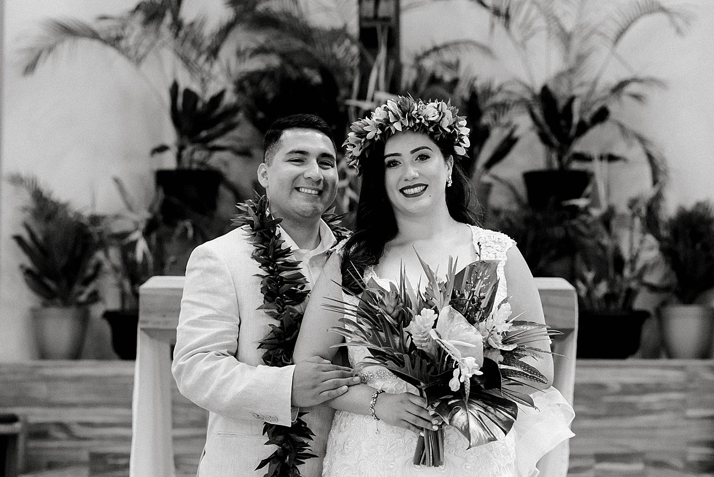 Maui-Wedding-Bride-and-Groom-Portraits-Launiupoko-Beach_0002.jpg