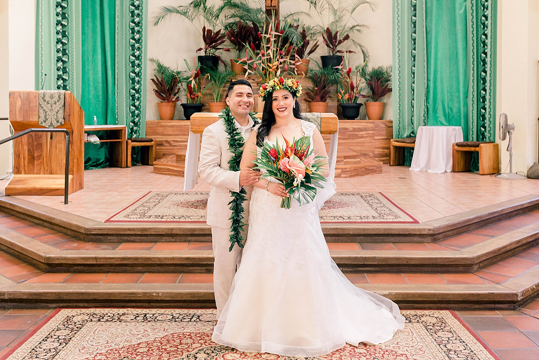 Maui-Wedding-Bride-and-Groom-Portraits-Launiupoko-Beach_0001.jpg
