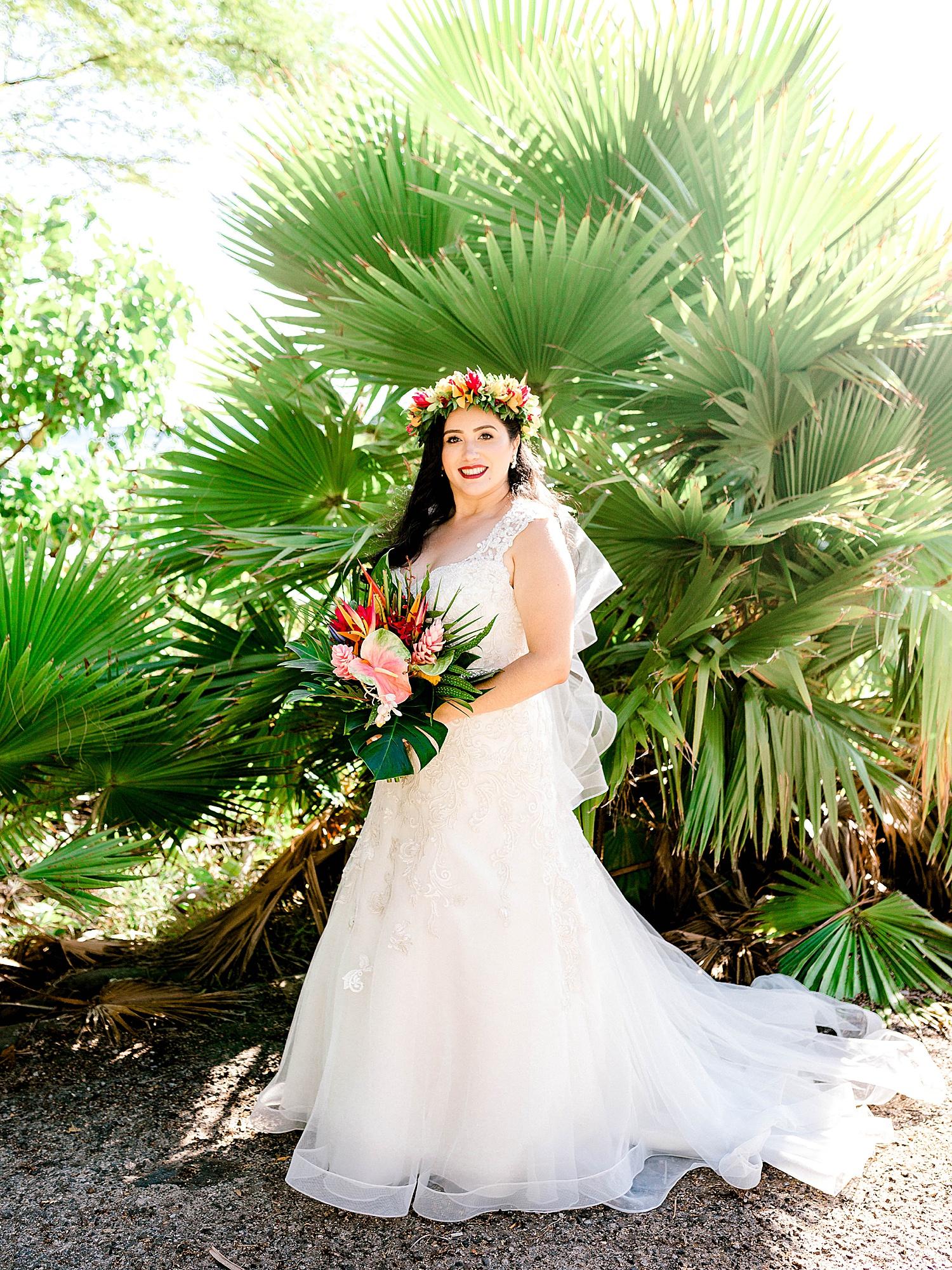 Maui-Wedding-Bride-and-Groom-Portraits-Launiupoko-Beach_0006.jpg