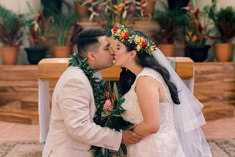 Maui-Wedding-Bride-and-Groom-Portraits-Launiupoko-Beach_0018.jpg