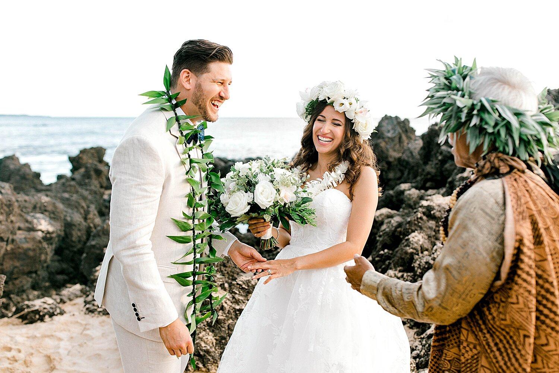 Makena-Cove-Maui-Elopement-Photographer_0020.jpg