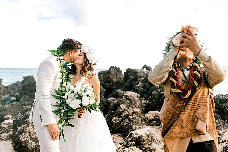 Makena-Cove-Maui-Elopement-Photographer_0023.jpg