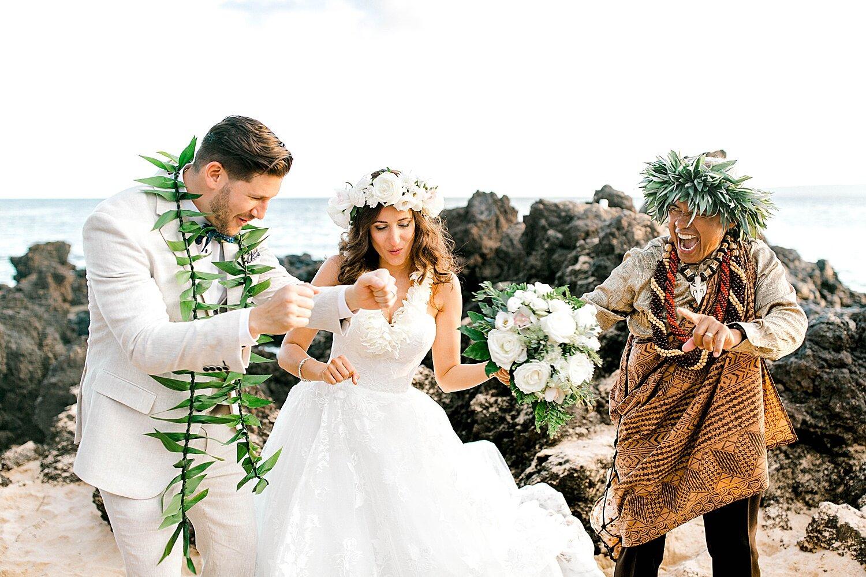 Makena-Cove-Maui-Elopement-Photographer_0026.jpg