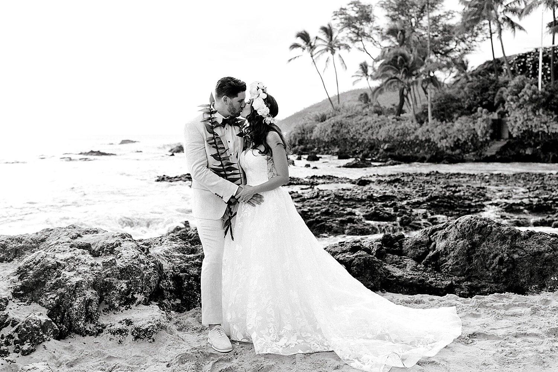 Makena-Cove-Maui-Elopement-Photographer_0034.jpg