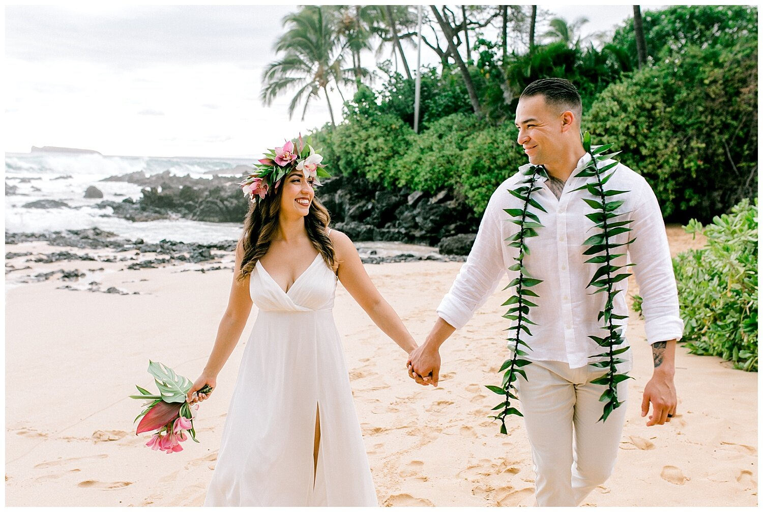 Large waves seen during a summer elopement at Makena Cove.