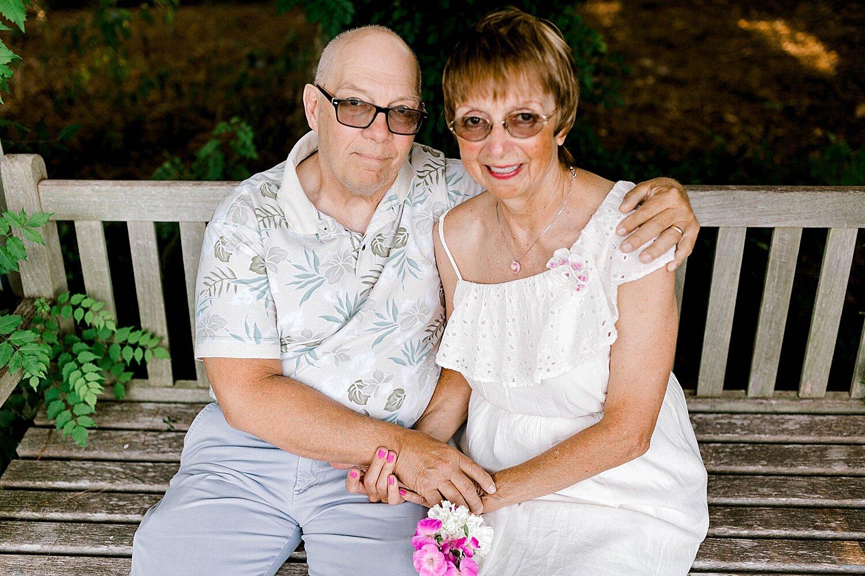 Maui-Destination-Photographer-Riverside-Gardens-Youngstown-Ohio-Anniversary-Photography_0005.jpg