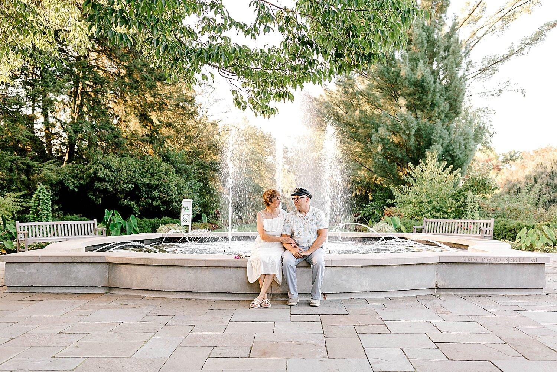 Maui-Destination-Photographer-Riverside-Gardens-Youngstown-Ohio-Anniversary-Photography_0018.jpg