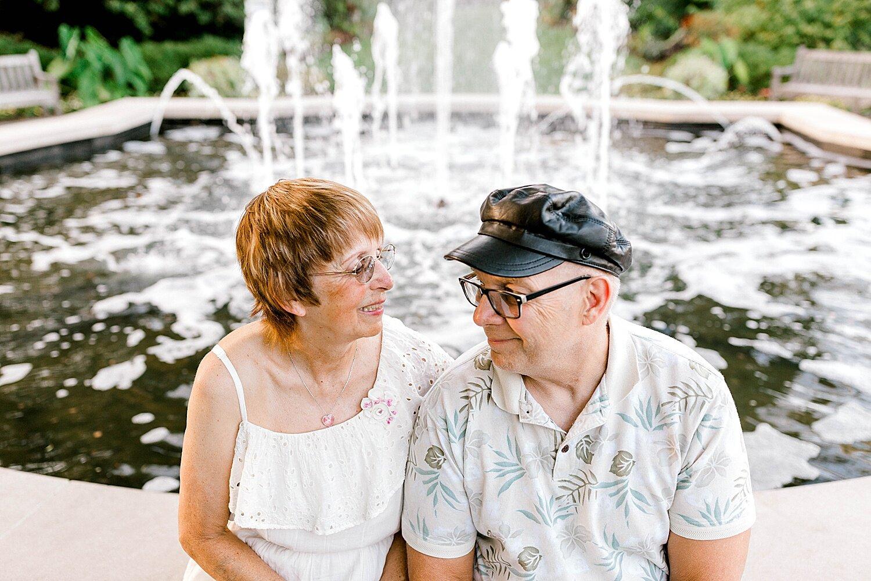 Maui-Destination-Photographer-Riverside-Gardens-Youngstown-Ohio-Anniversary-Photography_0019.jpg