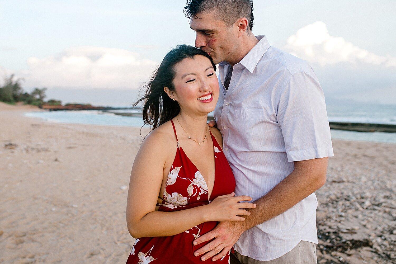 Maui-Babymoon-Photographer-Baldwin-Beach-Maui_0031.jpg