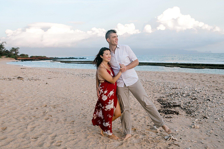 Maui-Babymoon-Photographer-Baldwin-Beach-Maui_0032.jpg