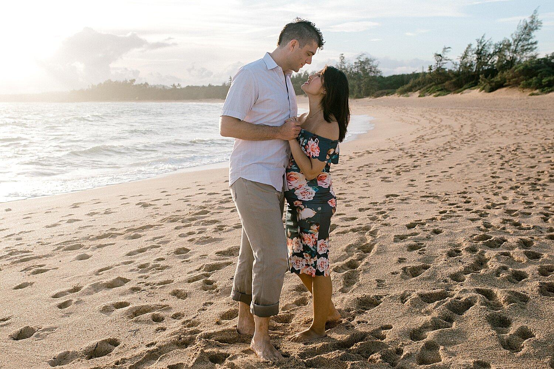 Maui-Babymoon-Photographer-Baldwin-Beach-Maui_0037.jpg