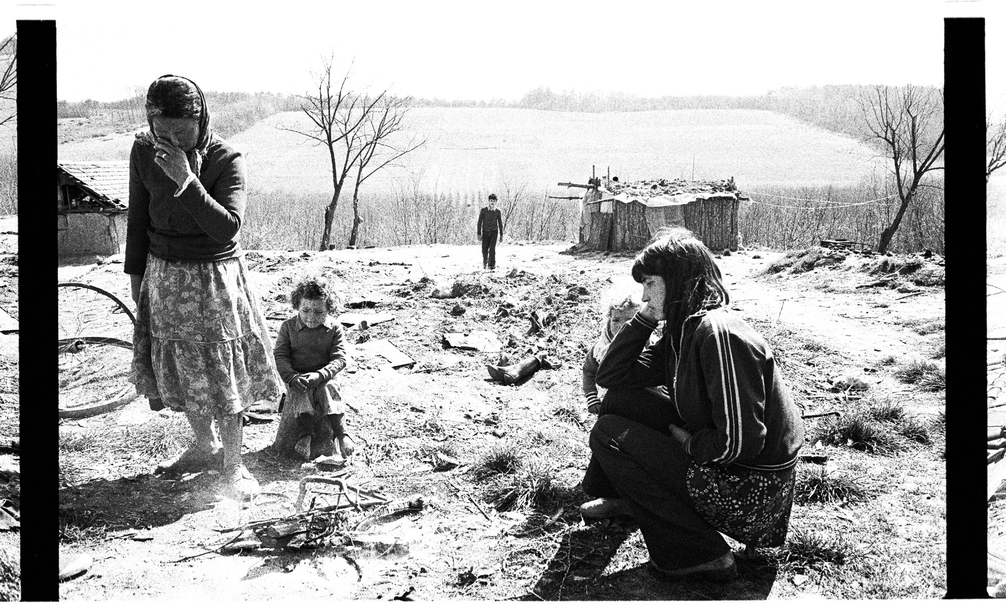 ss2000new-gypsy women hungary.jpg
