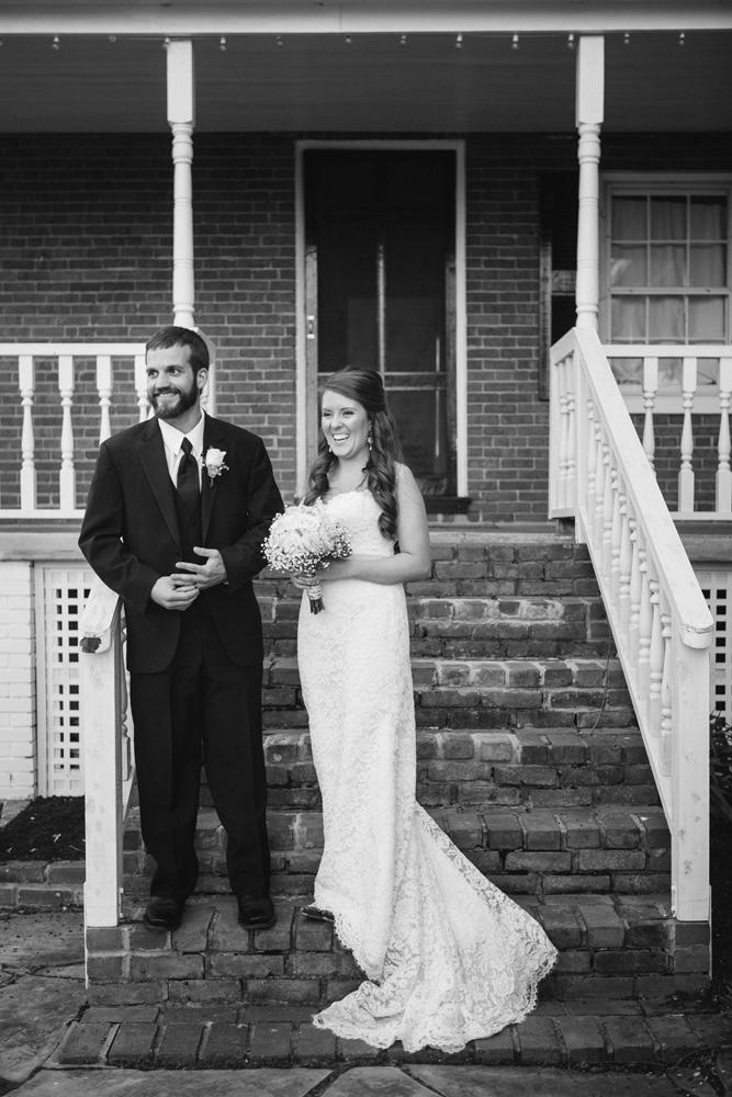 creative_natural_light_wedding_photographer_Kentucky.jpg