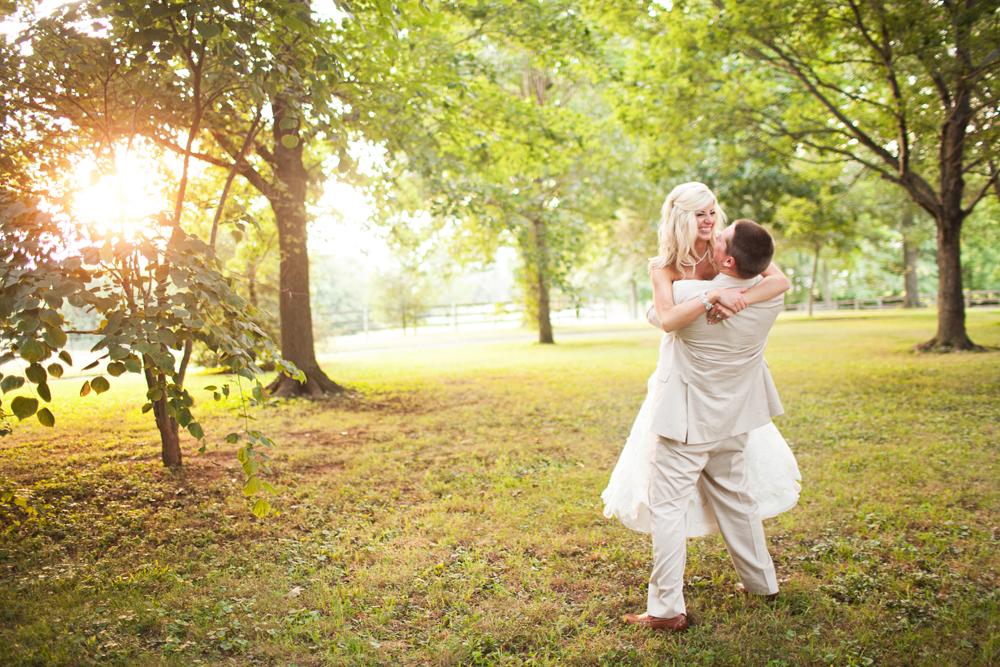 creative_natural_light_wedding_photographer_detailed.jpg