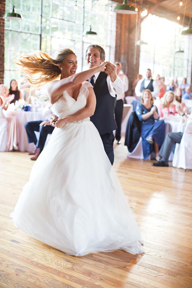 classic_wedding_photographer_louisville_kentucky.jpg