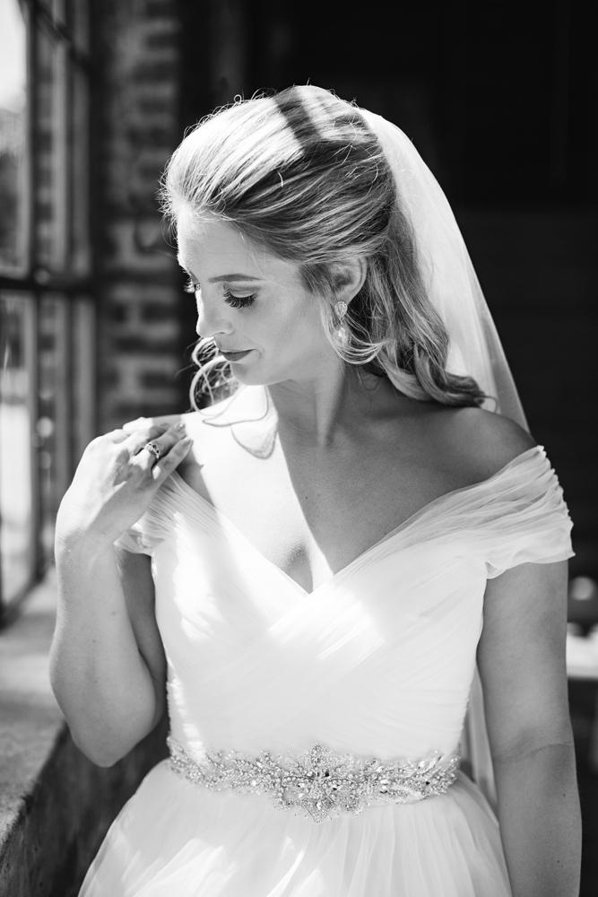 natural_light_wedding_photographer_kentucky.jpg