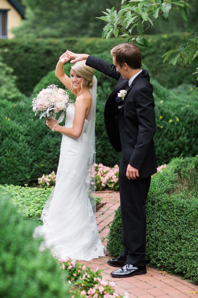 artistic_personal_wedding_photographer.jpg