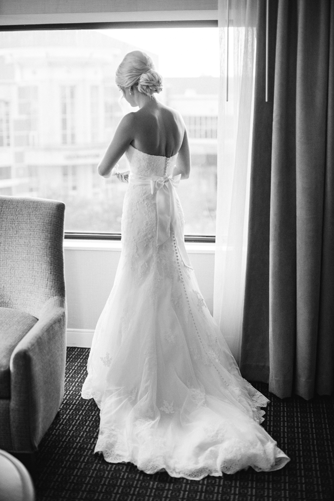 natural_light_wedding_photography_authentic.jpg